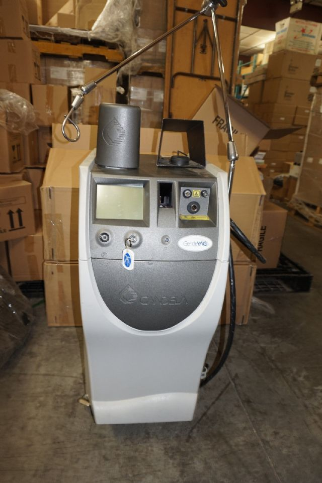 2004 Candela GentleYAG Laser Hair Removal Machine